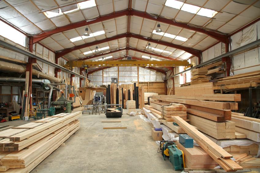 Atelier de prparation d'une entreprise de charpente